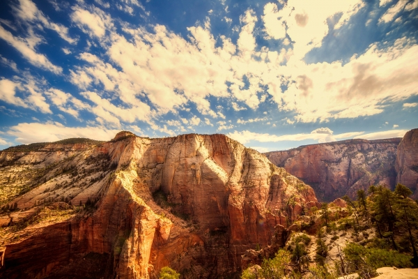 zion-national-park-utah-sky-clouds
